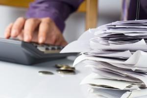 Calcolatrice e conti-servizio paghe-amministrazione-contabilità