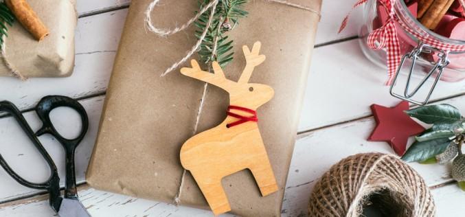 Prepariamoci al Natale: corsi di packaging e visual merchandising