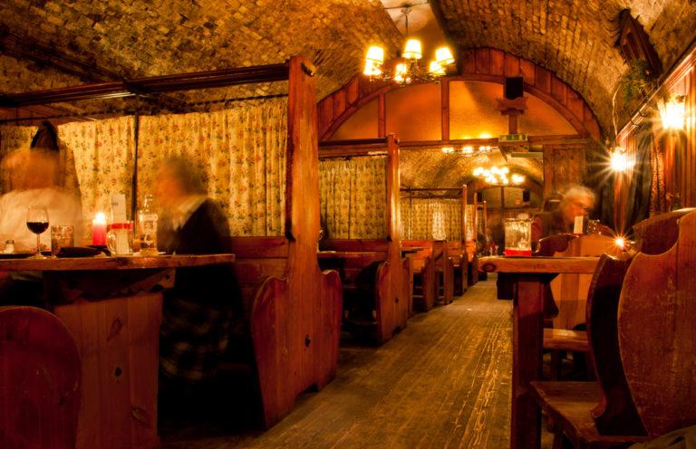 Old english Pub-riconoscimenti negozi storici