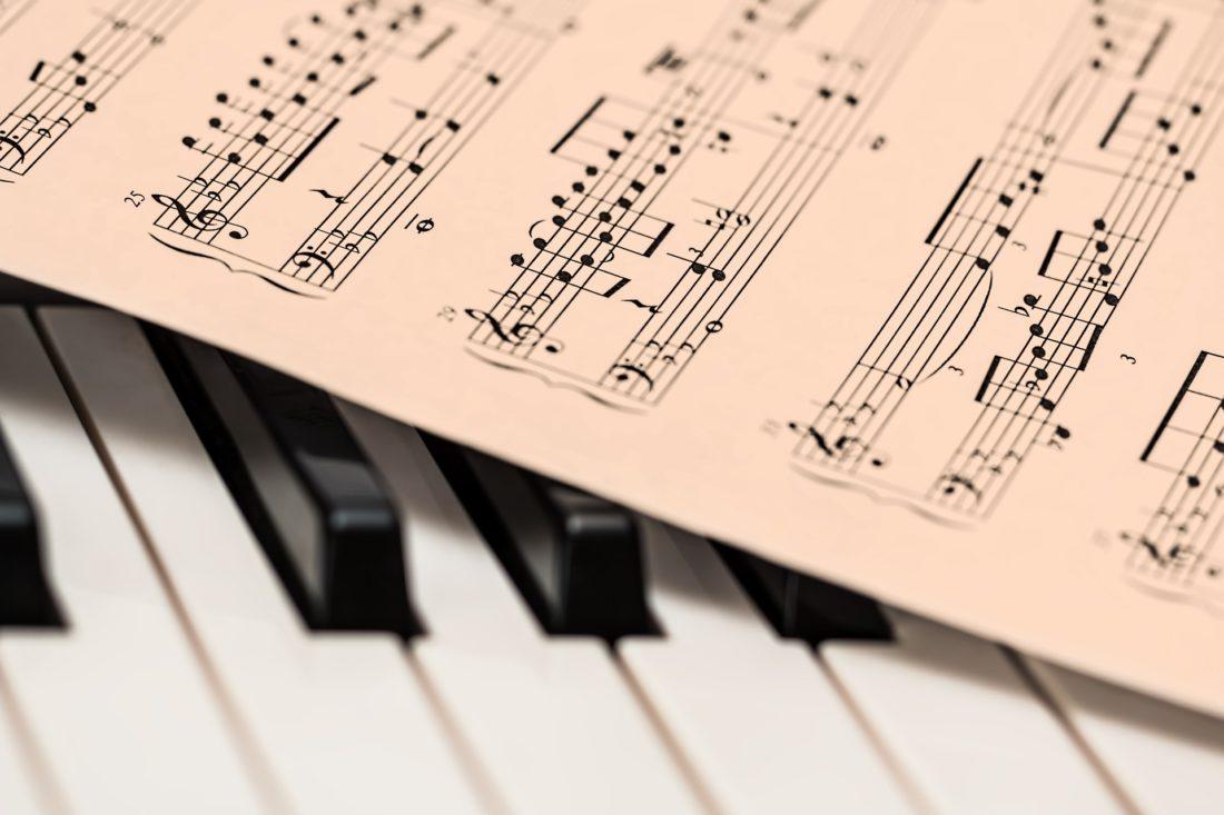 contributi negozi strumenti musicali